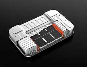 バッテリー交換ステーションにバッテリーを交換している電動SUVのイメージの写真素材 [FYI04646683]