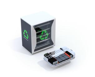 白バックにEV使用済み電池再利用システムと車用電池カットモデルのイメージの写真素材 [FYI04646719]