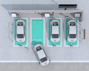 カーシェアリング専用駐車場に充電している電気自動車の鳥瞰イメージの写真素材 [FYI04647074]