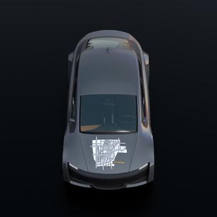黒バックにメタリックグレイの電気自動車の正面イメージの写真素材 [FYI04647085]