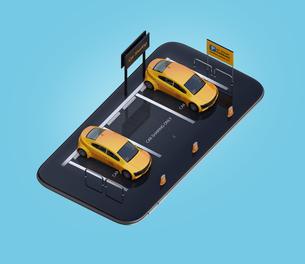 スマートフォンにカーシェアリング専用駐車場にある電気自動車のイメージの写真素材 [FYI04647095]