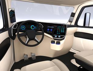 電動トラックのインテリアイメージ。デジタルインパネ、サイドミラーとタッチディスプレイが備えているの写真素材 [FYI04647278]