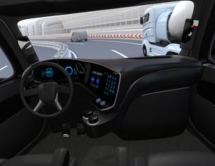 高速道路に走行している自動運転トラックの運手席からみるイメージ。の写真素材 [FYI04647282]