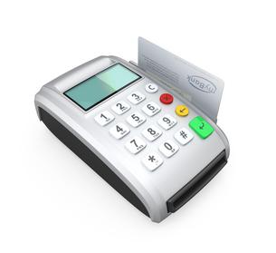クレジットカード決済用端末でカードをスキャンするの写真素材 [FYI04647372]