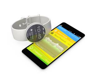 スマートウォッチと連携する健康管理アプリの写真素材 [FYI04647414]