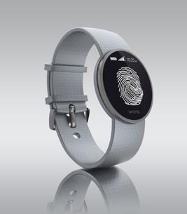 スマートウォッチの指紋認証の写真素材 [FYI04647492]