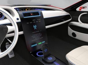 カーコンソールに無線によりソフトウェアのアップデート操作画面。モノのインタネットコンセプト。の写真素材 [FYI04647544]