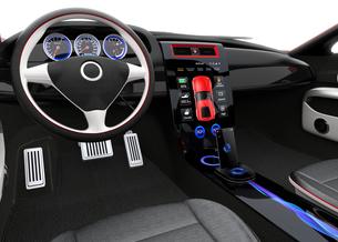 スポーツカーインテリアデザインコンセプト。スマートフォンとカーナビが同期中の写真素材 [FYI04647547]