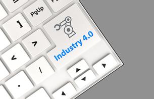 キーボードのキーにある「Industry 4.0」文字。スマート工場コンセプト。の写真素材 [FYI04647652]