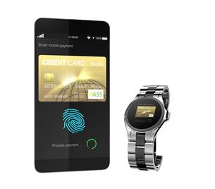 スマートフォンとスマートウォッチにて野ネットショッピングコンセプトの写真素材 [FYI04647736]