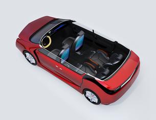 回転可能な前方シートとリクライニング、マッサージ機能付きの後部シートの自動運転車用レイアウトの写真素材 [FYI04647823]