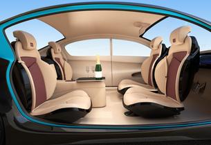 自動運転車のインテリアイメージ。上質なインテリアに回転可能なシートでくつろぎ空間を作るの写真素材 [FYI04647834]