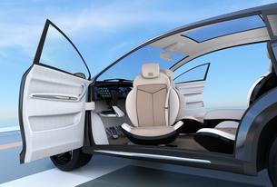助手席回転して乗り降りしやすい電気自動車SUVのコンセプトの写真素材 [FYI04647974]