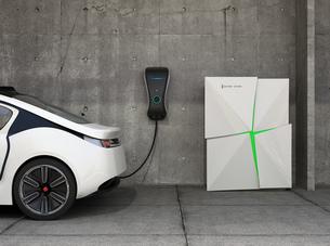 家庭用急速充電器とストレージバッテリーシステムのイメージの写真素材 [FYI04647987]