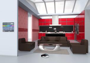 キッチンの横スマートホームコンソールパネル。タッチ操作で温度管理、換気調整などが可能の写真素材 [FYI04648079]