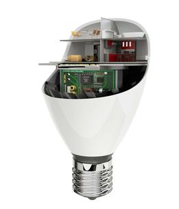 LED電球にあるくらしのコンセプトイメージの写真素材 [FYI04648126]