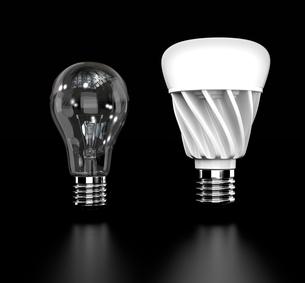 LED電球と白熱電球の写真素材 [FYI04648132]