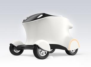 自動運転配送車のコンセプト。無人運転で品物を配達するの写真素材 [FYI04648170]