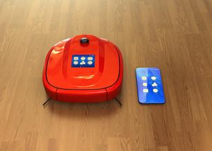 タッチパネル付きお掃除ロボットと専用アプリが備えたスマートフォン。スマート家電コンセプトの写真素材 [FYI04648236]