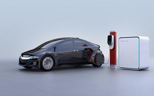 蓄電池が備えた急速充電スタンドに充電する電気自動車のイメージの写真素材 [FYI04648473]