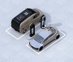 充電スタンドに充電している電気自動車のアイソメイメージの写真素材 [FYI04648661]