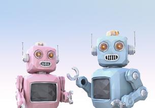 ロボットたちがしゃべりに夢中。チャットボットのコンセプトの写真素材 [FYI04648862]