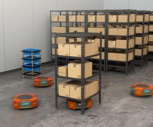 商品棚を運搬するオレンジ色のロボット。物流支援ロボットのコンセプトの写真素材 [FYI04648864]