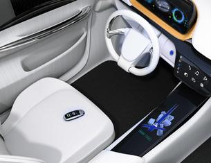 運転席シートに置いてあるスマートエントリーキーの写真素材 [FYI04648917]