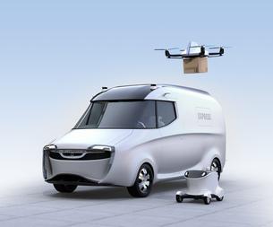 自動運転宅配車、配達ドローンとロボット。ラスト1マイルコンセプトの写真素材 [FYI04649009]