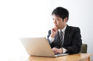 日本人ビジネスマンの写真素材 [FYI04649201]