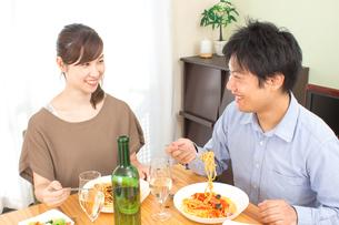 日本人夫婦の写真素材 [FYI04650985]