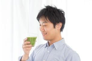 日本人男性の写真素材 [FYI04651026]