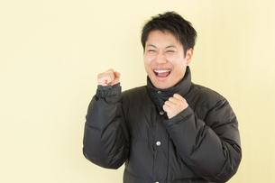 日本人男性の写真素材 [FYI04651151]