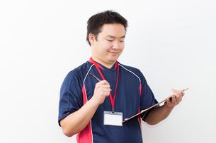 運動をする日本人男性の写真素材 [FYI04651417]