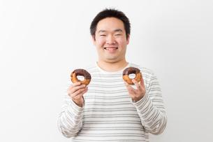日本人男性の写真素材 [FYI04651437]