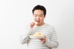 日本人男性の写真素材 [FYI04651441]