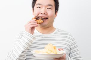 日本人男性の写真素材 [FYI04651473]