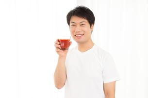 日本人男性の写真素材 [FYI04651475]