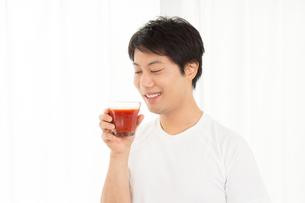 日本人男性の写真素材 [FYI04651476]