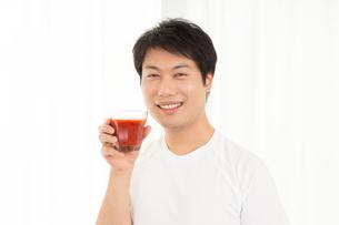 日本人男性の写真素材 [FYI04651480]