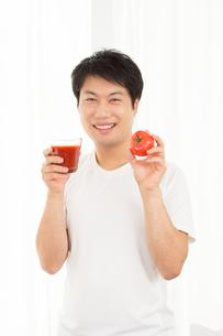 日本人男性の写真素材 [FYI04651493]