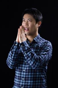 日本人男性の写真素材 [FYI04651617]