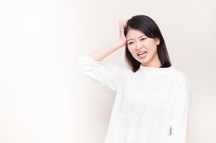 日本人女性の写真素材 [FYI04651952]