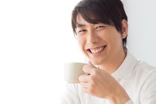 日本人男性の写真素材 [FYI04652112]