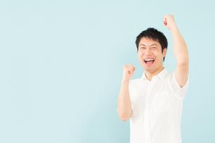 日本人男性の写真素材 [FYI04652482]