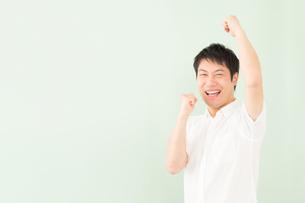 日本人男性の写真素材 [FYI04652512]