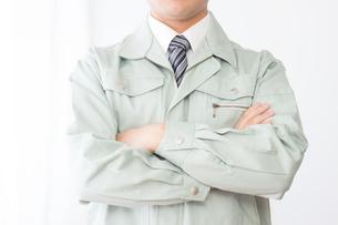 日本人男性作業員の写真素材 [FYI04652861]