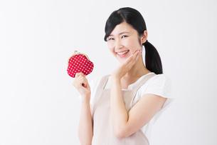日本人女性の写真素材 [FYI04653234]