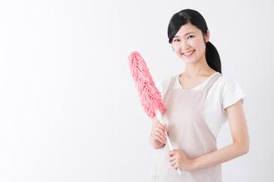 日本人女性の写真素材 [FYI04653283]