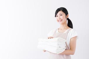 日本人女性の写真素材 [FYI04653287]